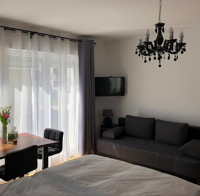 fam-1-2-rooms